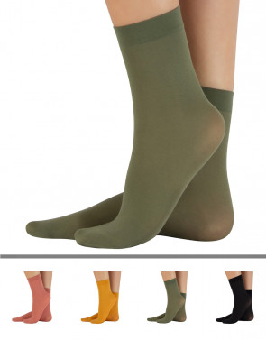 MICROFIBER COLOURED SOCKS