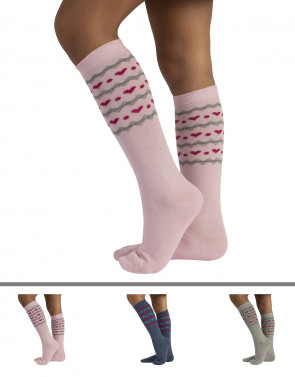 KIDS LONG COTTON SOCKS WITH HEARTS